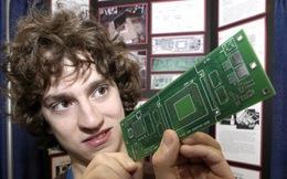 Đây là người đầu tiên hack iPhone và cái kết không thể bất ngờ hơn