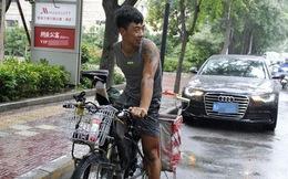 Dù cụt một bên chân và tay, chàng trai 9x vẫn cố đạp xe, nuôi hi vọng chinh phục ngọn núi Hoa Sơn nổi tiếng