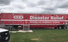 Kỳ tích chuỗi siêu thị Mỹ 112 tuổi, kiên cường mở cửa phục vụ người dân giữa tâm siêu bão, tại khu vực bị tàn phá nặng nhất