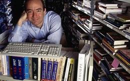 Tim Cook, Jeff Bezos, COO Facebook hồi 20 tuổi như thế nào?