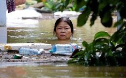 Hình ảnh lũ lụt miền Trung ngập tràn báo chí nước ngoài