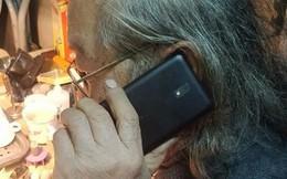 Câu chuyện về bố tôi và chiếc smartphone Nokia giá rẻ