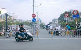 Vụ nghịch lý 2 cây cầu song song ở Sài Gòn: Đã lắp dải phân cách dưới chân cầu Trần Khánh Dư để chống kẹt xe
