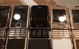 """Ngỡ ngàng vì nhiều lãnh đạo, người nổi tiếng và triệu phú vẫn đang dần săn tìm dòng điện thoại tưởng đã """"chết"""" từ lâu này"""