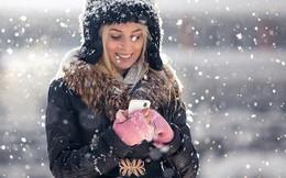 Tuyết rơi bên hiên nhà, rơi luôn trên… smartphone với 2 ứng dụng độc đáo