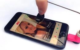 Từ ngón tay match Tinder tự động cho tới máy soi calo, đây là những sản phẩm vô dụng nhất 2017