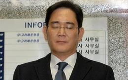 """""""Thái tử Samsung"""" phải ngủ trên sàn nhà, ăn suất cơm 28.000đ trong tù"""