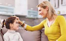 Muốn con trẻ mở lòng với bố mẹ, đây là những câu hỏi phụ huynh không nên bỏ qua