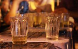 Dân công sở chú ý! Uống trà đá vỉa hè làm tăng nguy cơ mắc phải căn bệnh khiến 100 nghìn người chết mỗi năm