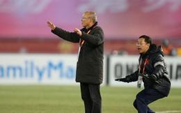 """""""Cánh tay phải"""" của HLV Park Hang-seo: Đã lỡ rồi, ta vô địch đi thôi"""