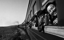 Dành 4 thập kỉ ghi lại hành trình trên những chuyến xe lửa, nhiếp ảnh gia Trung Quốc đem lại cho người xem những xúc cảm lạ thường