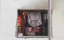 Lửa bốc cháy dữ dội trong căn hộ chung cư HH Linh Đàm, Hà Nội