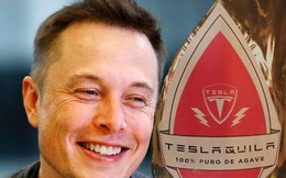 Không còn là trò đùa Cá tháng Tư, 'Teslaquila' chính thức được Elon Musk đăng ký làm nhãn hiệu rượu độc quyền