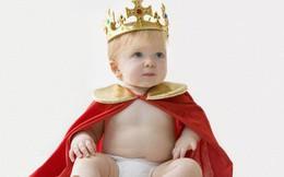"""Sinh ra là em bé """"ngậm thìa bạc"""" nhưng con của Meghan sẽ có cuộc sống khác biệt so với Hoàng tử George"""