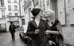 Ảnh hiếm về những người phụ nữ chuyển giới ở phố đèn đỏ giữa Paris thập niên 70