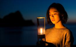Chiếc loa thủy tinh lung linh như ngọn nến giá 800 USD được Sony trình làng tại Việt Nam