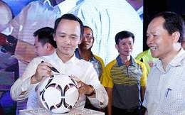 Tỷ phú Trịnh Văn Quyết bất ngờ tuyên bố 'bỏ bóng đá': Tiêu tốn 120 tỷ/năm mà không mang lại gì, thậm chí thương hiệu còn bị bôi bẩn