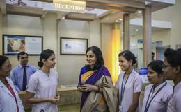Nhà toàn con gái, 4 chị em tiếp quản lại trung tâm chăm sóc sức khỏe từ người cha và sau đó xây dựng thành đế chế bệnh viện lớn nhất Ấn Độ trị giá 2 tỷ USD