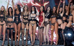 Cú trượt dài của Victoria's Secret: Fashion Show 2018 hoành tráng, gợi cảm cũng chẳng thể cứu vớt hình ảnh đang xuống dốc của hãng!