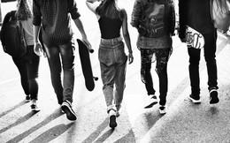 Tuổi trẻ mà không có trải nghiệm là tuổi trẻ vứt đi, như một cuốn sách không nội dung, một bài hát không giai điệu, khu rừng không có cỏ cây...
