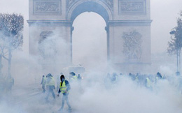 """5 con số tiết lộ nguyên nhân đằng sau cuộc biểu tình """"Áo vàng"""" ở Pháp"""