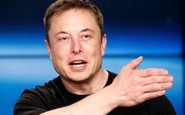 """Elon Musk """"tạt nước lạnh"""" vào ý tưởng taxi bay của Uber: """"Quá cồng kềnh và ồn ào gấp 1000 lần so với máy bay không người lái"""""""