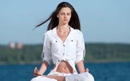 8 động tác yoga giúp giải tỏa căng thẳng cơ bắp và tâm trí ai cũng có thể thực hiện mọi lúc mọi nơi