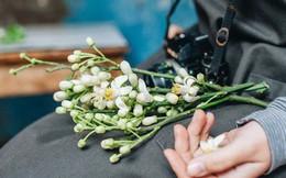 Giữa tiết trời nồm ẩm đầu xuân, có một Hà Nội nên thơ và dịu dàng hương hoa bưởi
