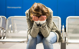 Tốt nghiệp bằng giỏi ở trường đại học danh tiếng nhưng không được công ty nào tuyển dụng, cô gái ngã ngửa khi biết lí do...