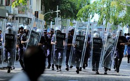 """Vì sao """"thiên đường du lịch"""" Maldives rơi vào khủng hoảng chính trị?"""