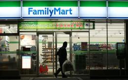Rủi ro giảm phát và câu chuyện không đủ tiền thuê nhân công của ngành bán lẻ Nhật Bản