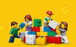 """Khi con đòi mua đồ chơi đắt đỏ: Thái độ tiêu tiền của cha mẹ """"nghèo"""" đang phá hỏng tư duy của con cái mình như thế nào?"""