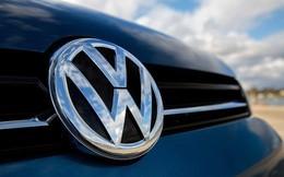 Trong khi Tesla vật lộn với việc sản xuất xe điện vì thiếu nguyên liệu, Volkswagen đã đảm bảo nguồn cung trị giá 25 tỷ USD
