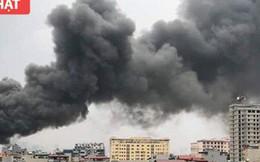 Chợ Quang ở Hà Nội cháy lớn, thiêu rụi hàng chục ki ốt