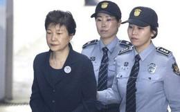 [NÓNG] Cựu Tổng thống Hàn Quốc Park Geun-hye bị kết án 24 năm tù giam
