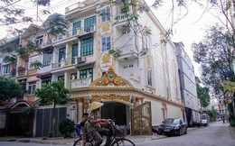 Ngôi biệt thự 2 mặt tiền phủ vàng giữa Hà Nội