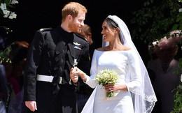 Tiết lộ bài thơ tình Công nương Meghan dành tặng cho Hoàng tử Harry khiến hội trường 200 khách mời rơi nước mắt vì xúc động