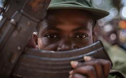 Cả thế giới mừng Quốc tế Thiếu nhi, nhưng nhiều em nhỏ ở các quốc gia này vẫn phải cầm súng chiến đấu