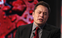"""""""Lạm dụng"""" công nghệ 4.0 bất ngờ khiến Tesla chật vật với sản lượng thấp"""