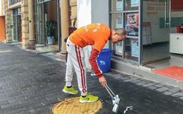 Triệu phú Trung Quốc nhặt rác liên tục suốt ba năm