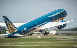 Không chỉ bị đối thủ vượt mặt trên bầu trời nội địa, Vietnam Airlines còn đặt mục tiêu 'bay lùi' trong năm 2018