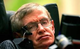Từ lời nhắn quan trọng nhất của thiên tài vật lý Stephen Hawking tới màn hồi sinh trước cửa địa ngục của cỗ xe tăng Đức: Hãy nhìn lên những vì sao và đừng nhìn xuống dưới chân...