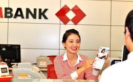 Cổ phiếu Techcombank bị bán tháo ngay khi lên sàn, vốn hóa bốc hơi 30.000 tỷ đồng