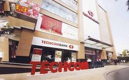 Trong khi thị trường chứng khoán thăng hoa, giá trị của Techcombank bị thổi bay 42.000 tỷ đồng chỉ sau 3 ngày