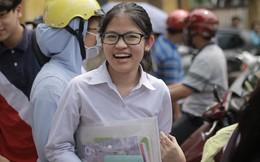 Đề khó, không làm được bài nhưng thí sinh vẫn cười tươi vì cuối cùng kỳ thi tuyển sinh vào lớp 10 đã kết thúc!