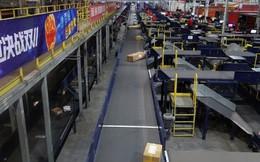Kho hàng 40.000 m2 vắng bóng con người của công ty thương mại điện tử Trung Quốc