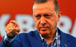 Thổ Nhĩ Kỳ bất ngờ đuổi việc 18.500 công chức
