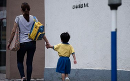 Công ty chuyên dạy thêm cho học sinh cấp 2 ở Hong Kong vừa IPO hé lộ thu nhập một giáo viên giỏi lên tới 5,1 triệu USD/năm