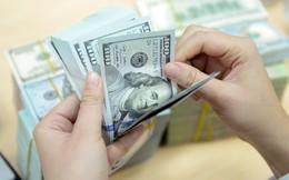USD tự do tăng kỷ lục, vượt 23.300 đồng
