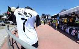 Juventus bán được 60 triệu USD tiền áo in tên Ronaldo trong vòng 24 giờ, bằng nửa số tiền họ phải bỏ ra mua cầu thủ này